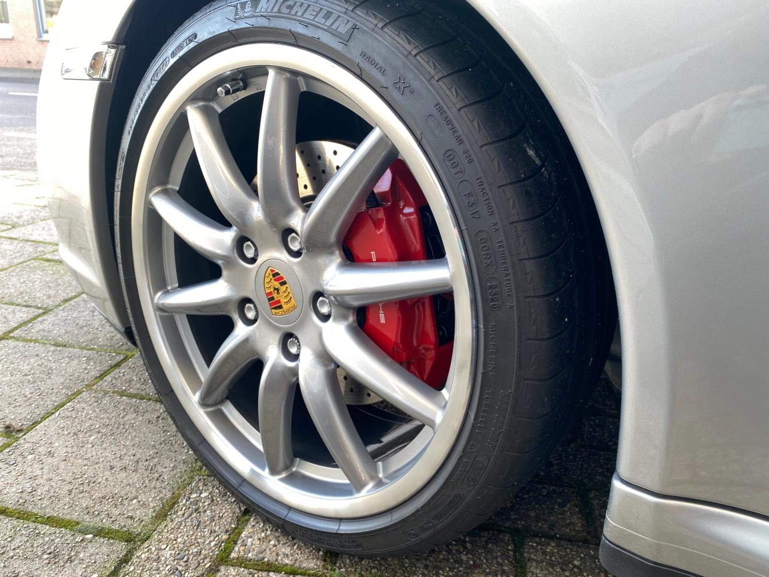 Porsche-911-44