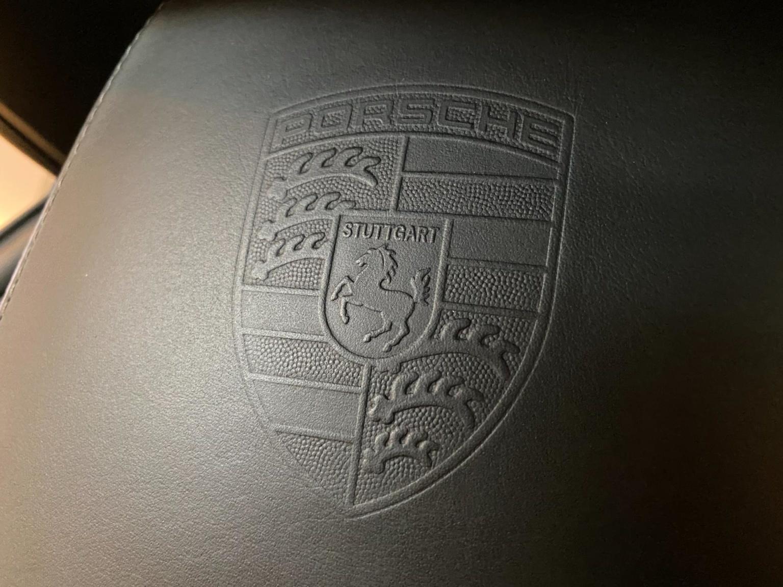 Porsche-911-12