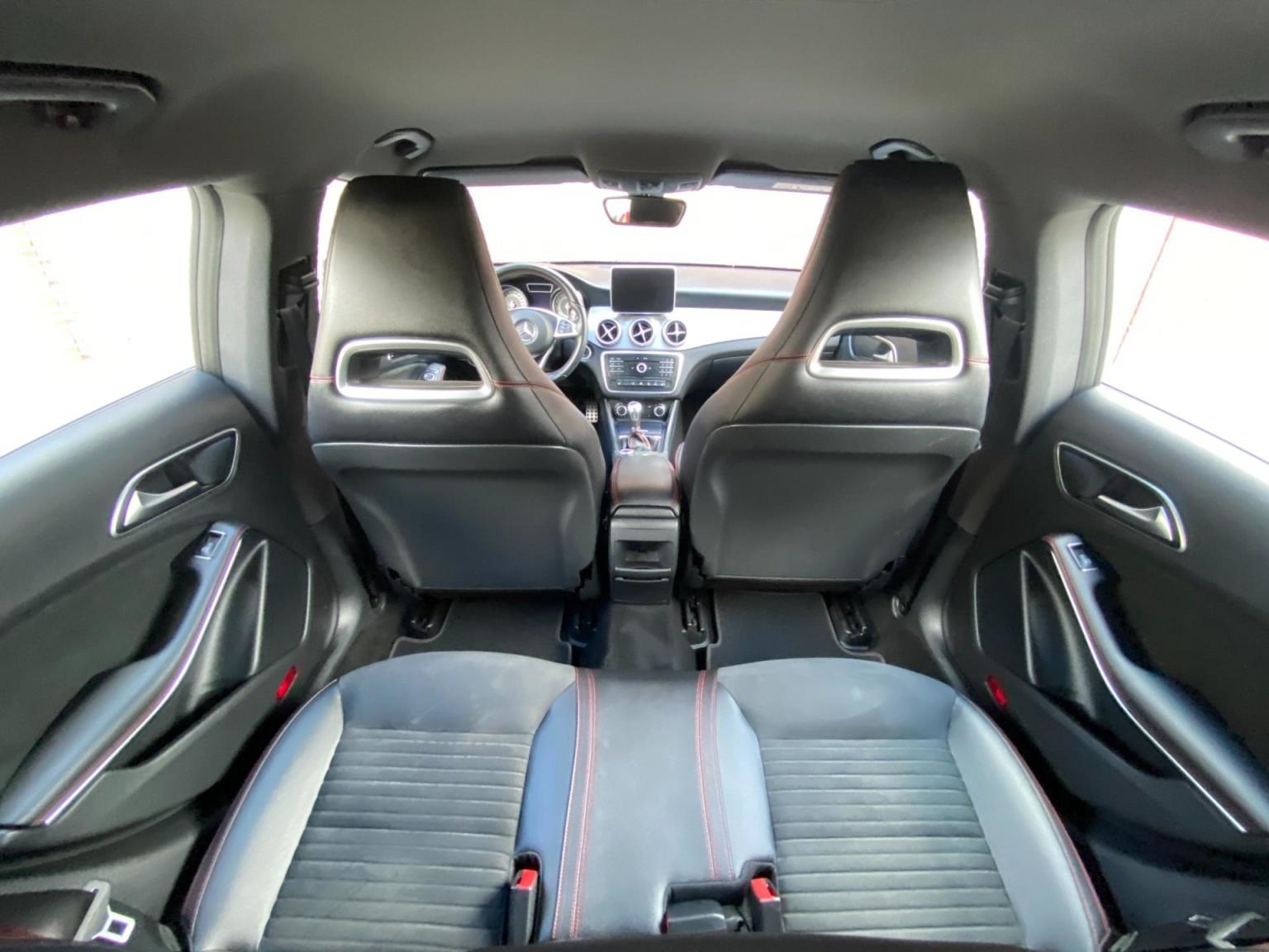 Mercedes-Benz-CLA-Klasse-10