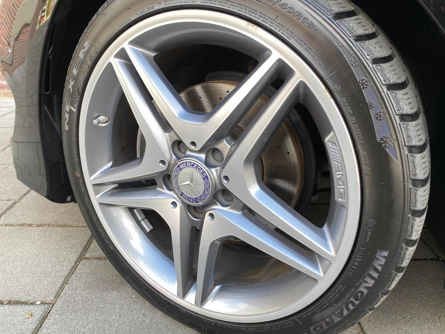 Mercedes-Benz-CLA-Klasse-44