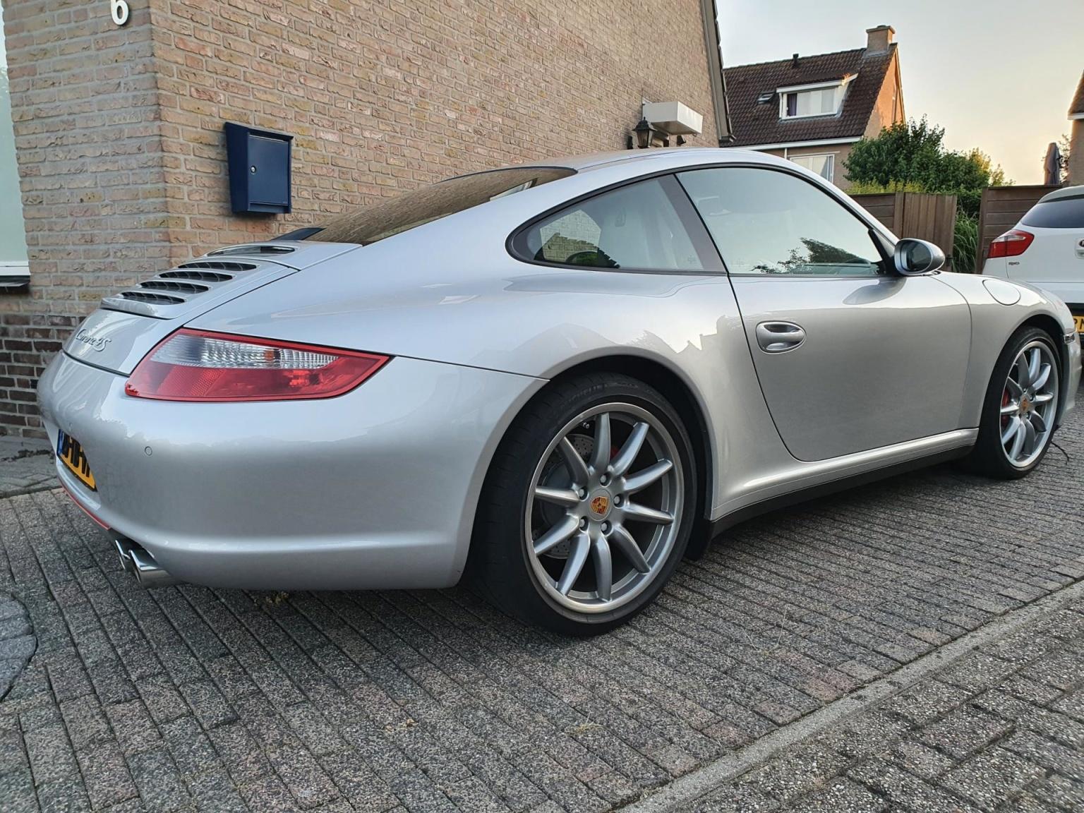 Porsche-911-20