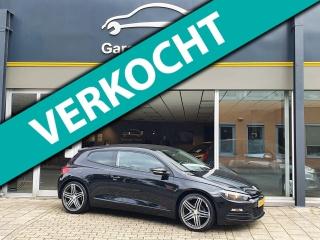 Volkswagen-Scirocco-thumb