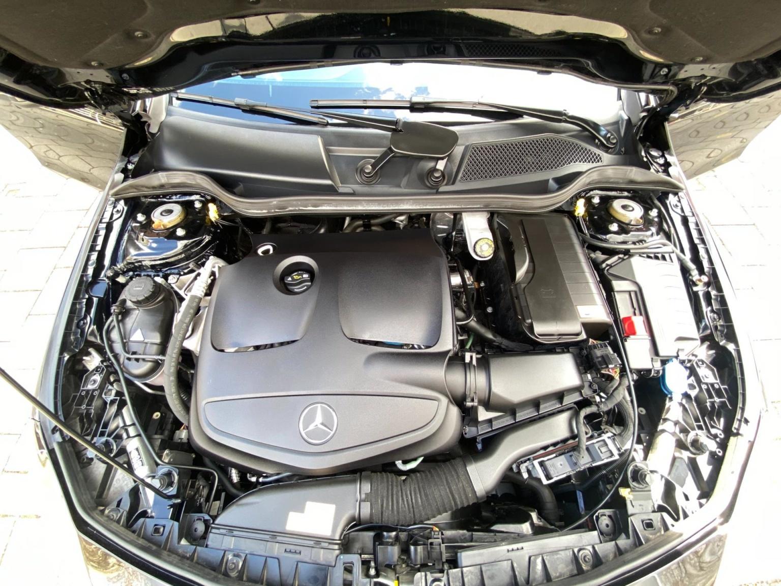 Mercedes-Benz-CLA-Klasse-27