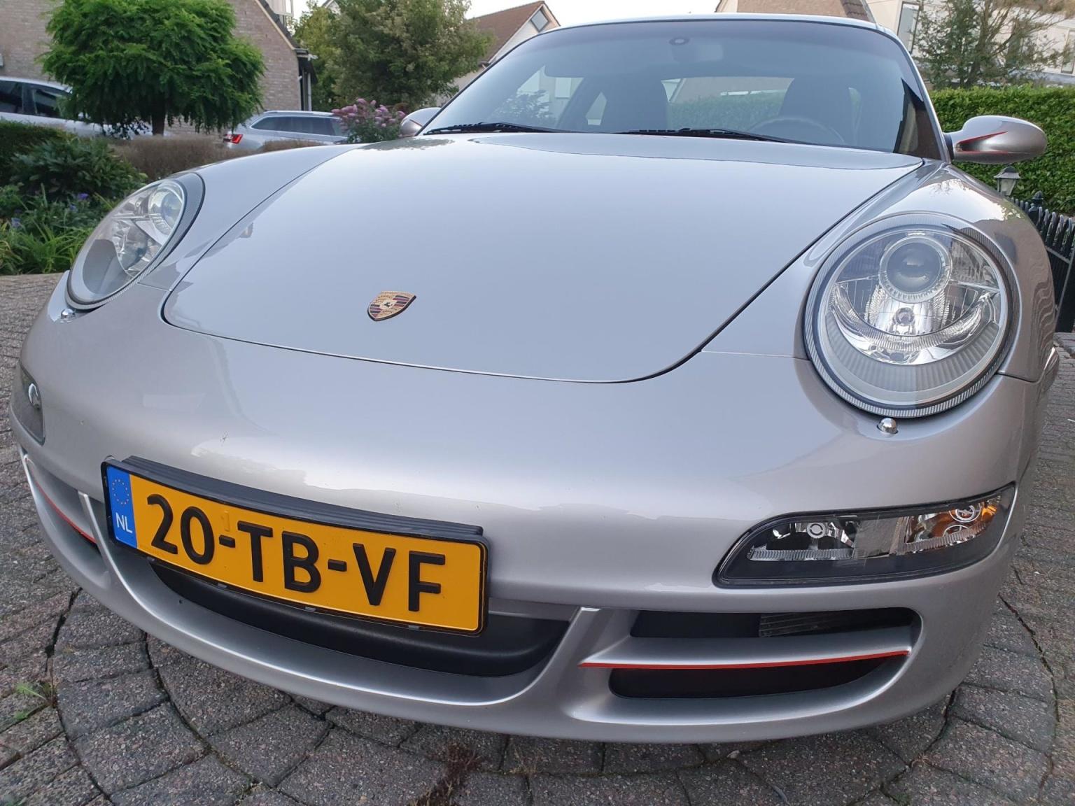 Porsche-911-18